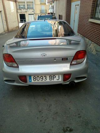 Hyundai Coupe tiburon 2003