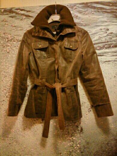 Cazadora abrigo similpiel marrón