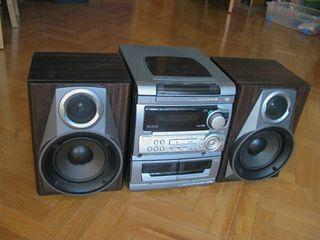 Equipo de música Aiwa NSX-AV326 cinco altavoces