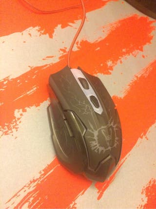 Ratón gaming Woxter