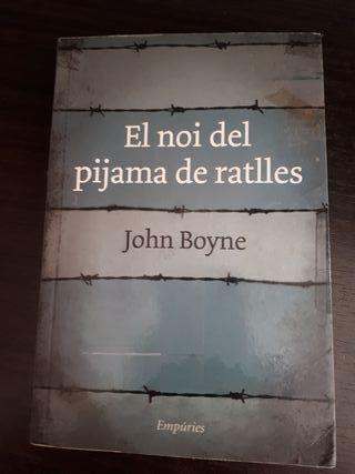 """Libro en Catalan """"El noi del pijama de ratlles"""""""