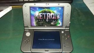Nintendo 3ds -XL + cargador + Juego: Metroid