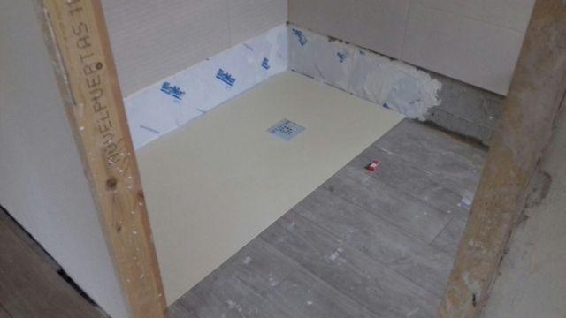 Platos de ducha a medida de resina y cuarzo de segunda for Platos de ducha de resina a medida