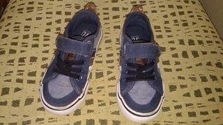 Zapatillas tenth