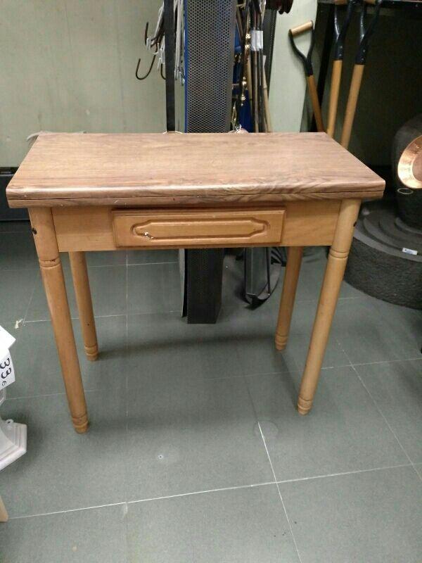 Mesa de cocina madera pino de segunda mano por 30 € en Madrid en ...