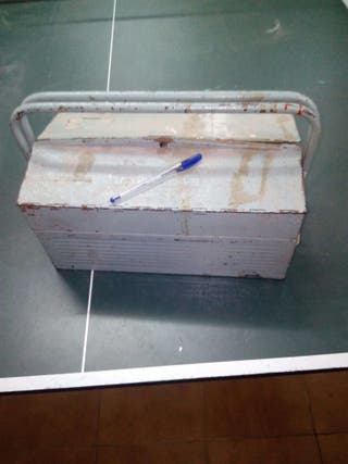 Caja de herramientas de hierro