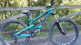 Bici Enduro YT Capra Carbon