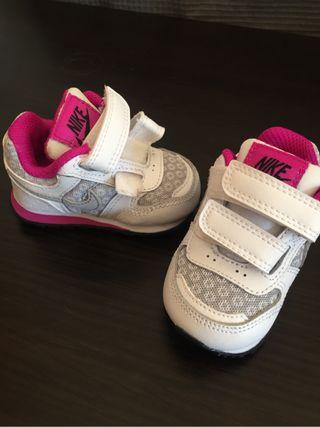 Zapatillas nike bebé