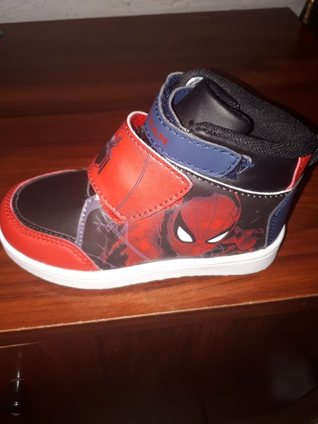 zapatillas spider man