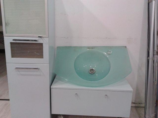 Mueble cuarto de baño, con pila de cristal de segunda mano por 80 ...