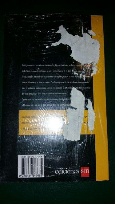 Cuartos Oscuros Libro de segunda mano por 5 € en Madrid - wallapop