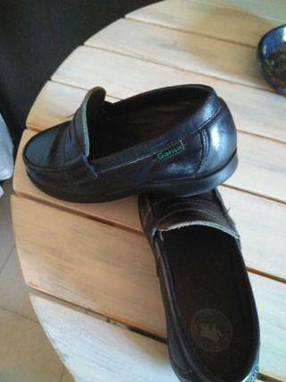 zapatos cole gorila