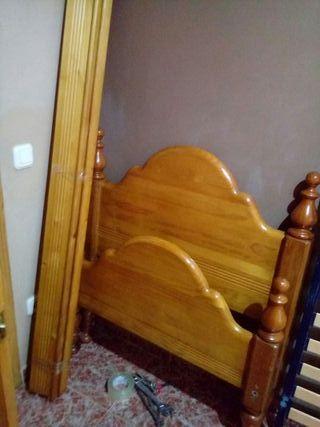 cama de madera de pino