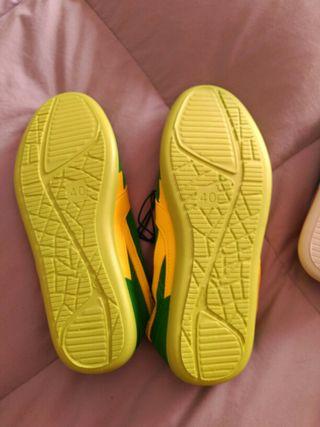 zapatillas mujer o hombre