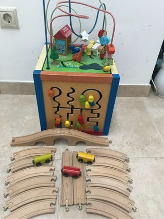 Cubo madera lúdico + tren