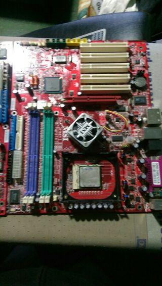 placa base MSI funcionando