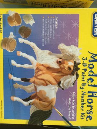Juego pintar niño caballos