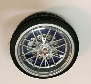 Reloj de sobremesa diseño rueda