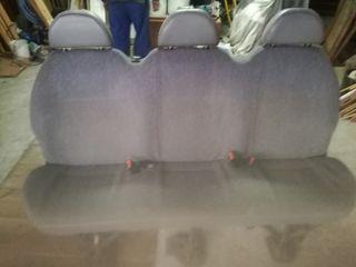 asiento trasero Ford Transit
