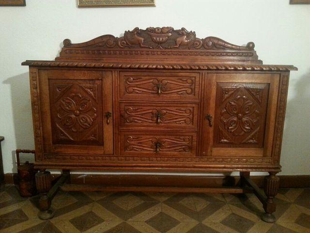 Mueble antiguo de salón
