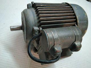 Motor eléctrico monofásico