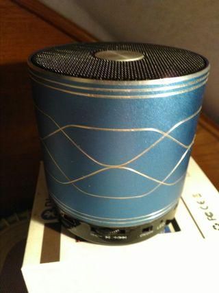 Vendo altavoz Bluetooth