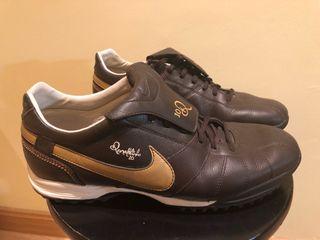Zapatillas Nike Ronaldinho 10 de segunda mano por 45 € en