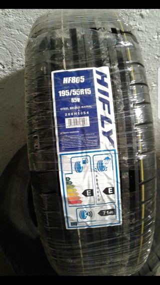 cuatro neumáticos (dos nuevas y dos con 3000 km)