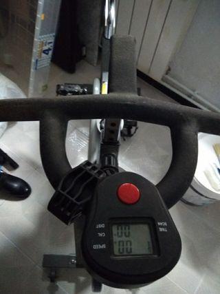 Oportunidad bici estática y banco de abdominales