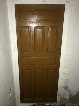 Puertas de madera antiguas de segunda mano en wallapop - Garajes de madera de segunda mano ...
