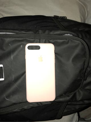 Funda de i phone 8 plus color rosa original 20€
