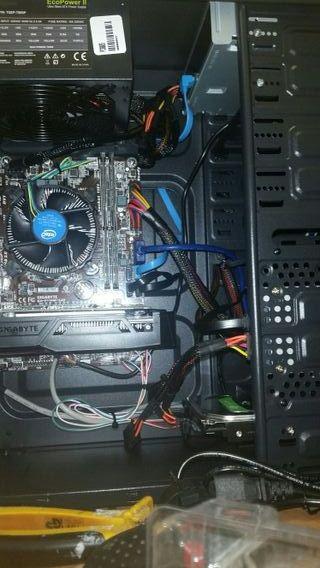 Ordenador pc completo monitor revisado configurado