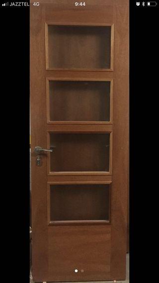 Puertas de madera de cedro macizas