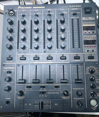 Mesa de mezclas Pioneer DJM600