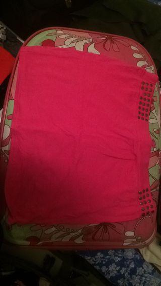 Falda rosa elastica