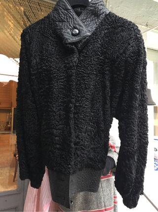 Jaqueta d astracan negra t. G