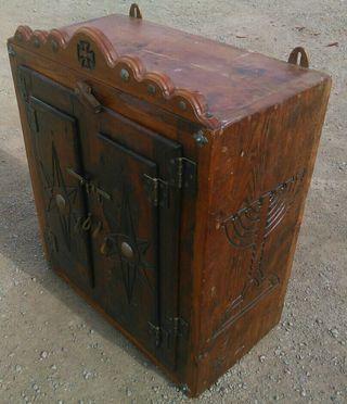 precioso mueble de madera