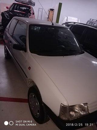 Peugeot 205 99