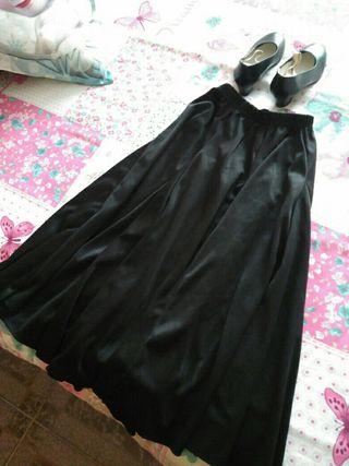 Falda y zapatos flamenco