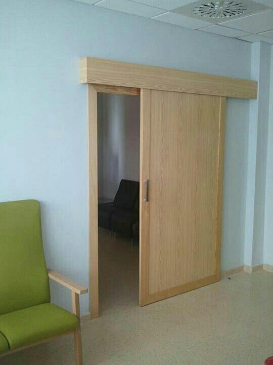 Montaje puerta corredera de segunda mano en sevilla en wallapop - Montaje de puertas ...