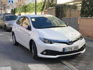 Toyota Auris 2016