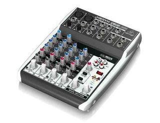 Mixer Behringer Xenyx Q802 Usb - Mezcladora