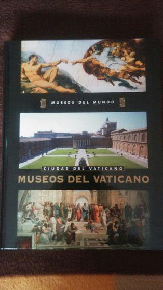 Libro sobre los museos vaticanos