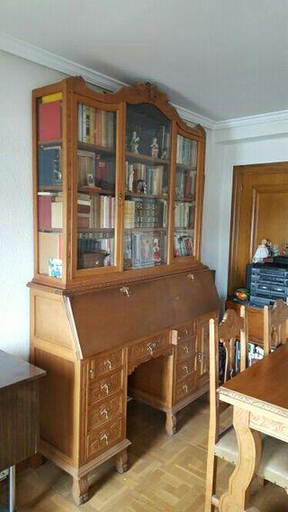 Mueble antiguo de segunda mano por 150 en pamplona en wallapop Segunda mano pamplona muebles