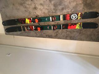 Ski K2 Sreditor 102