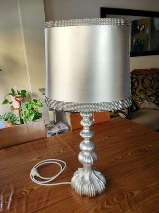 Lampara de mesa restaurada