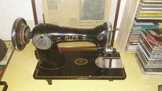 Maquina coser Alfa decorativa