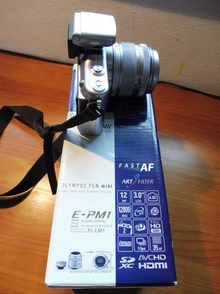 CAMARA FOTOGRÁFICA OLYMPUS PEN E-MP1