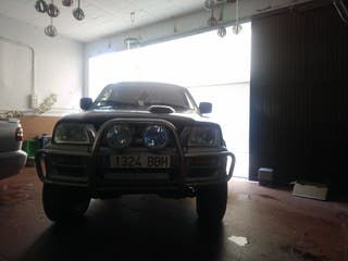 mitsubishi l 200 2001