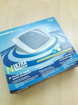 Router Wi-Fi Linksys WRT160N